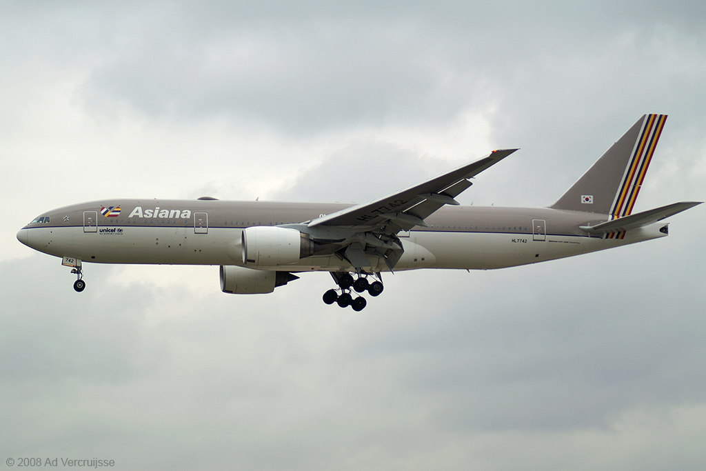 http://www.aviator.nl/images/H/HL7742-20080327-BPICT0146-big.jpg